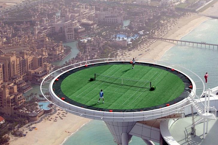 https://www.fennoscandia.org/wp-content/uploads/2015/05/Burj-Al-Arab-Tennis-Court-6.jpg